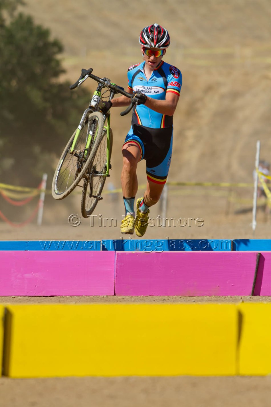 Colour Coordinated Race Kit and Cougar Plank Barriers - Keith Hillier (Team Rambuski Law)