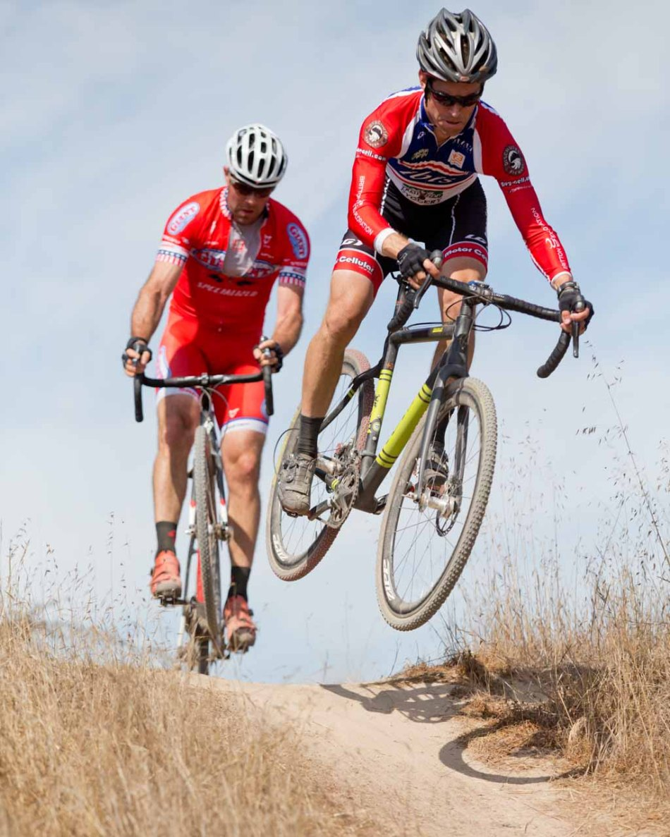 Brock Dickie (ibis/Buy-cell.com) and Justin Robinson (Cal Giant/Specialized) having some fun on the back side of the course