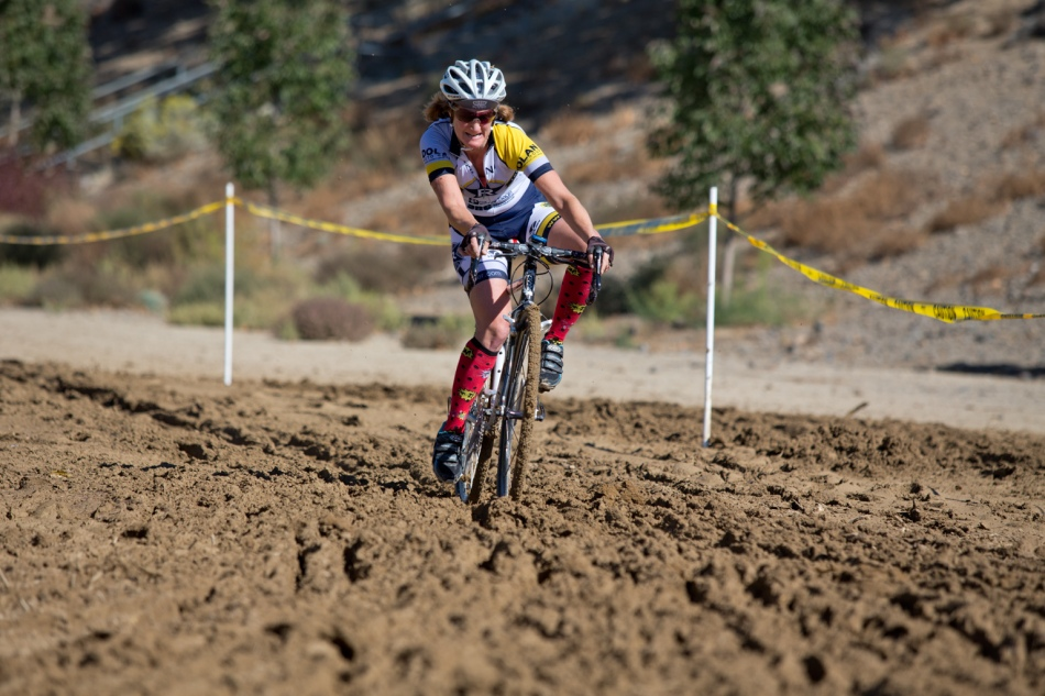 Paige Galeoto (Reno Wheelmen) Exerting  Serious Hip Action through the Mud