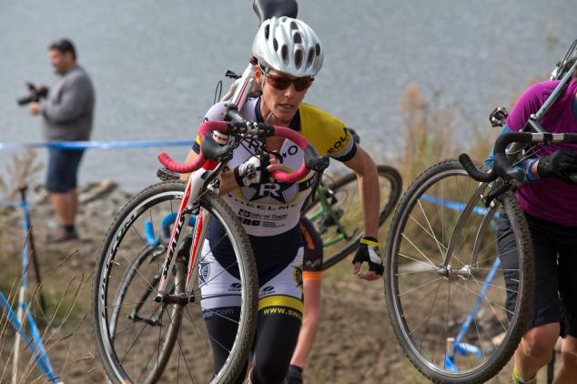 Kim Vandersyde en route to a Women 35+ Win, SacCX Miller Park